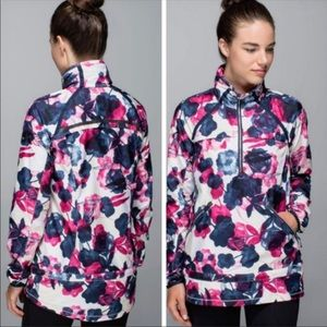 Lululemon Miss Misty Floral Inky Ghost Pullover 4